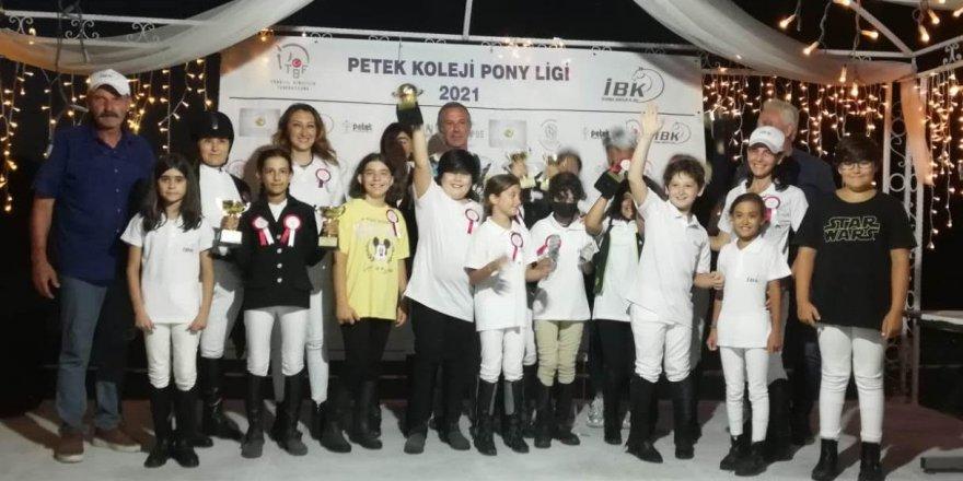 2021 yılı Pony Ligi yarışlarında,Seymen iki birincilik elde etti