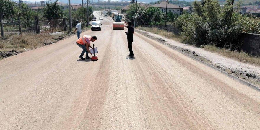 Kandıra'dan Şile ve Ağva'ya  yolda asfaltlama çalışmaları yapılıyor