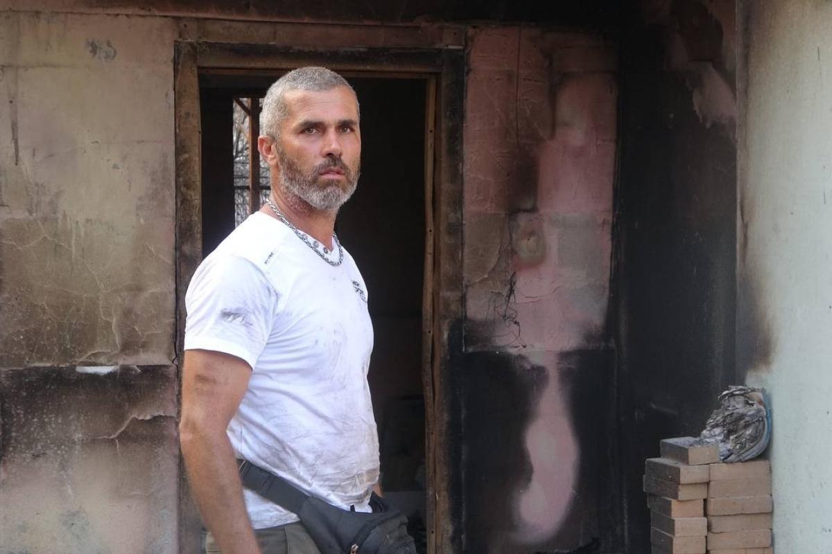 Orman yangınında arkadaşına yardıma gitti, döndüğünde evini küle dönmüş halde buldu