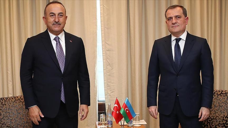 Dışişleri Bakanı Çavuşoğlu, Azerbaycanlı mevkidaşı Bayramov ile telefonda görüştü