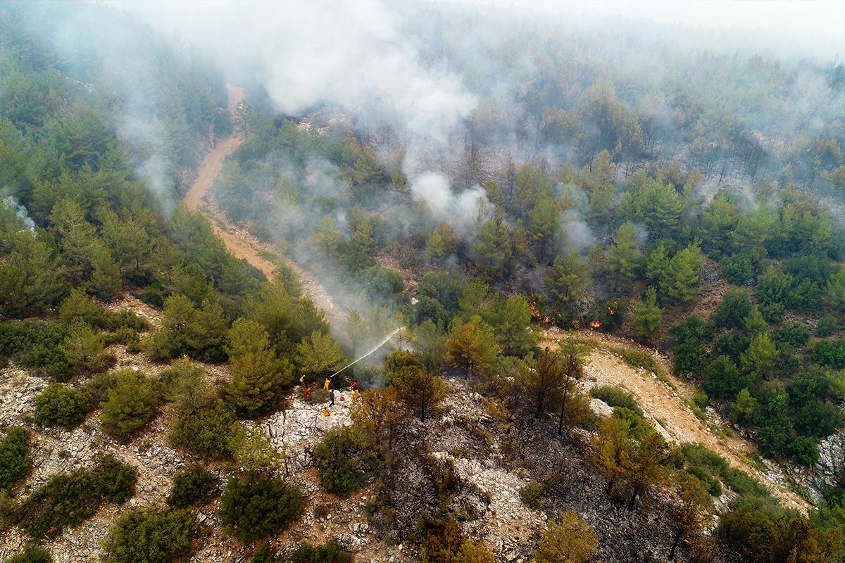 Kavaklıdere yangını havadan görüntülendi
