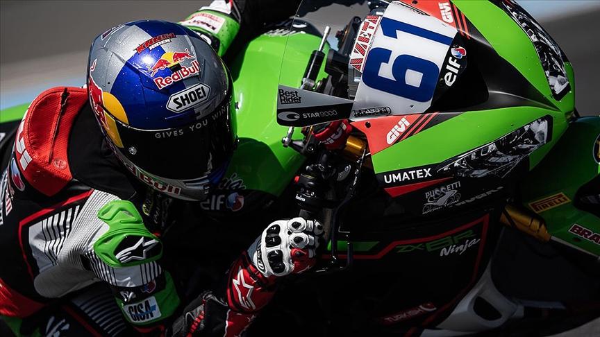 Milli motosikletçi Can Öncü Fransa'da üçüncü oldu