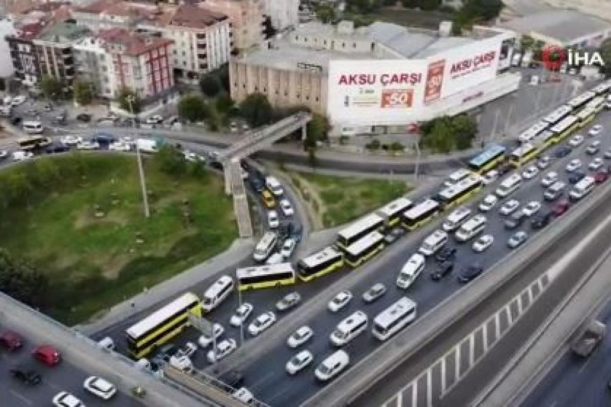 Avcılar- E-5 karayolu'nda trafik durma noktasına geldi