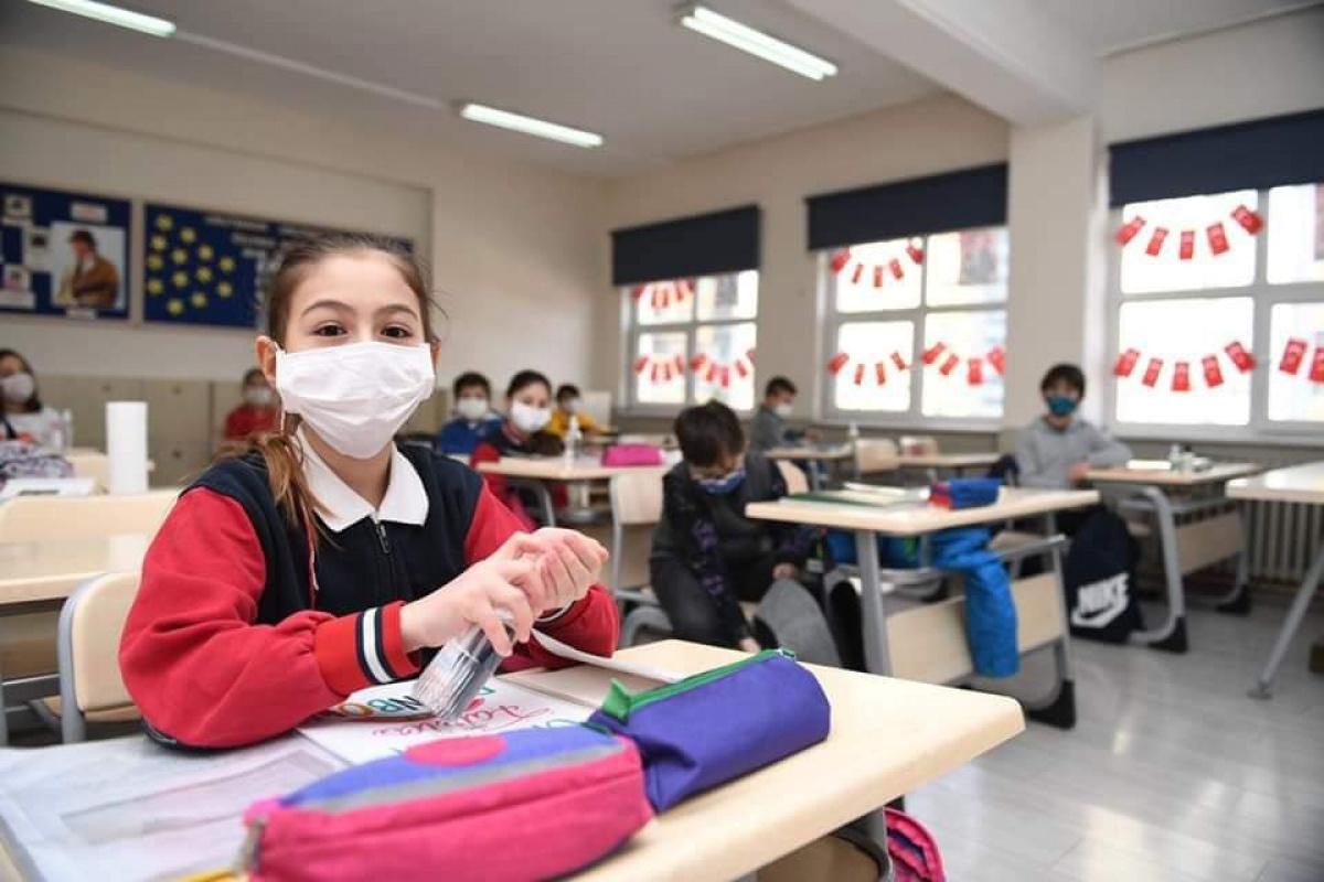 Okullarda ilk gün heyecanı