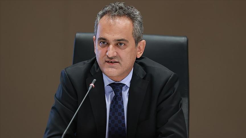 Milli Eğitim Bakanı Özer, yeni eğitim döneminin hayırlı olmasını diledi