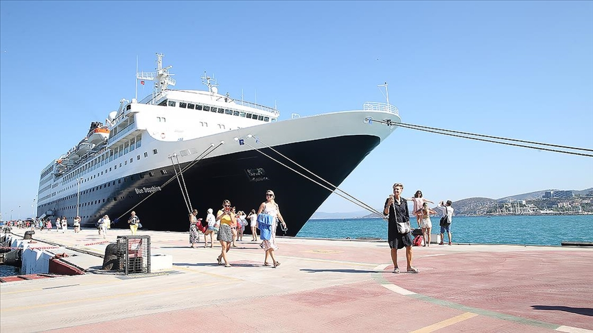 Kruvaziyer turizminde 2022'de rekor gemi beklentisi