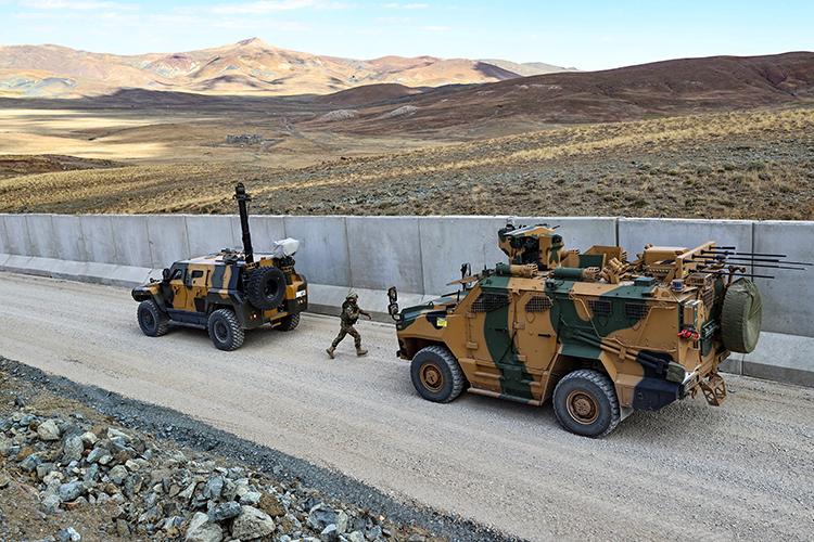 İran sınırında güvenlik önlemleri üst düzeyde tutuluyor