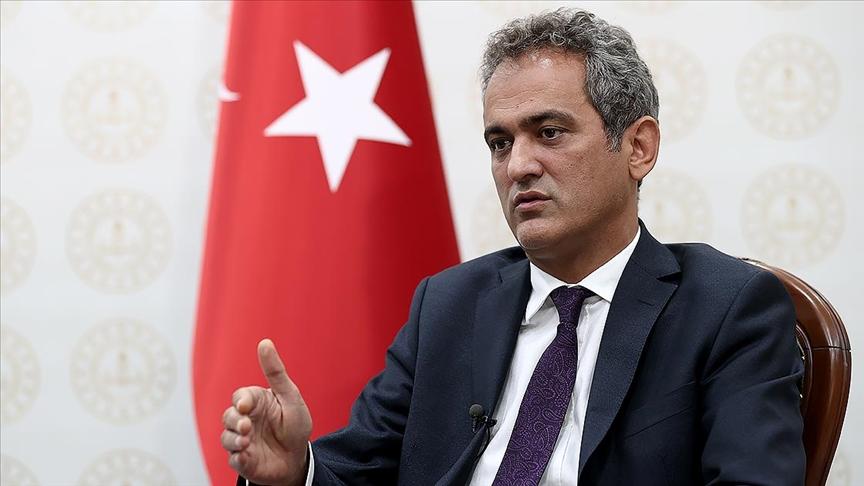 Milli Eğitim Bakanı Özer: Okulları açmak sadece biz yöneticilerin veya hükümetin değil, tüm toplumun sorumluluğudur