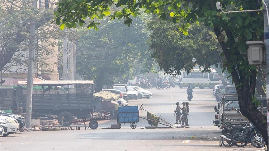 """Myanmar'da """"gölge hükümet"""" ülke çapında ayaklanma çağrısı yaptı"""