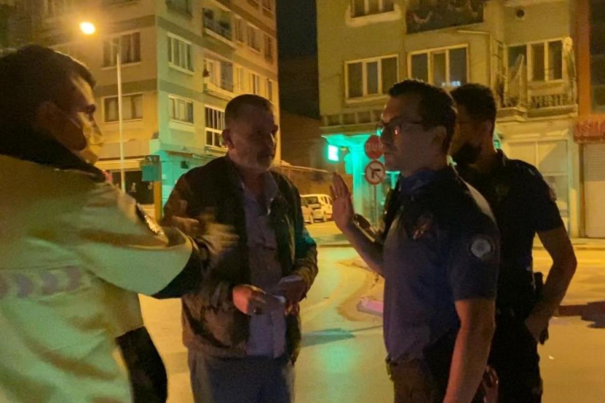 Alkollü sürücüden polise: 'Hadi beni kelepçele'