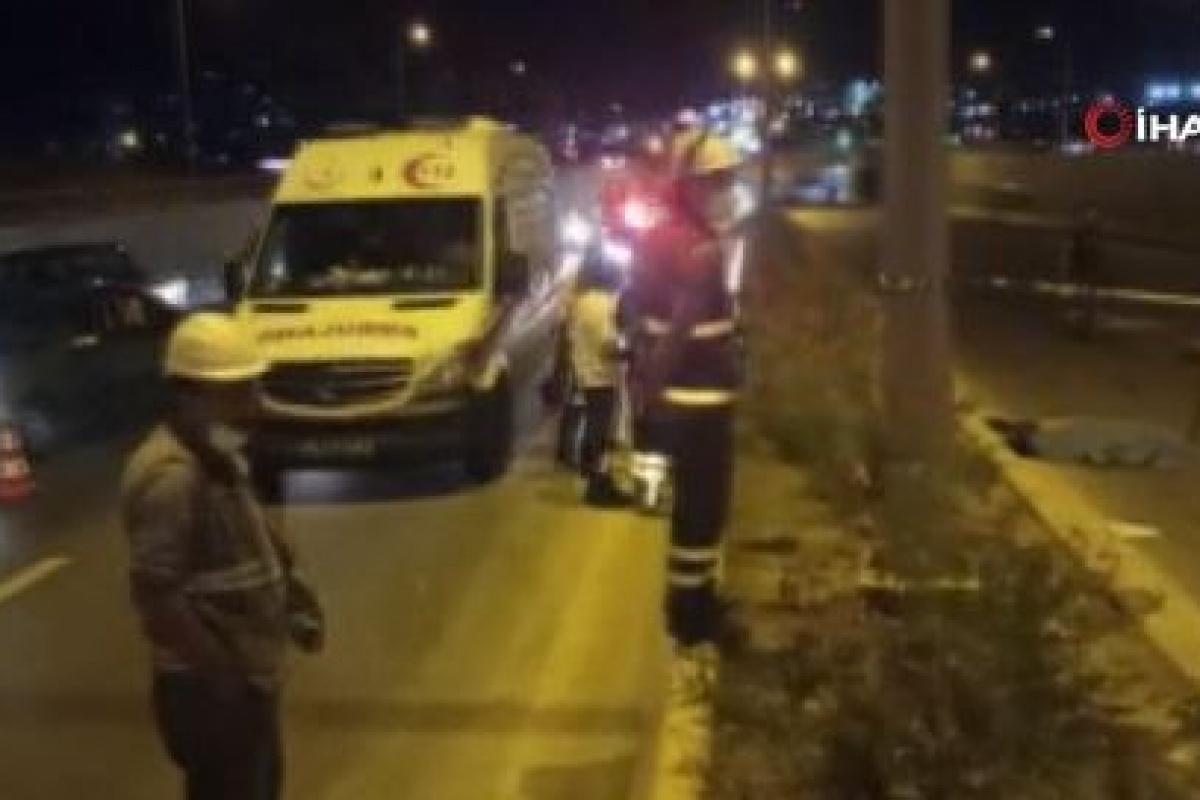 Başkent'te kaza yaptıktan sonra arkadan gelen araçları uyaran vatandaşa 2 otomobil çarptı