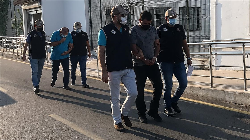 Adana'da merkezli 3 ilde FETÖ/PDY'ye yönelik operasyonda 10 şüpheli yakalandı