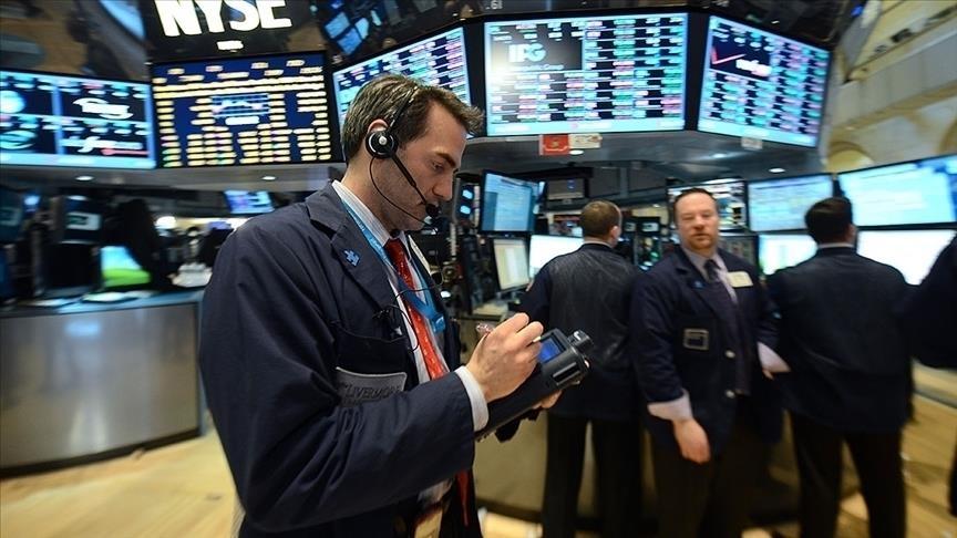Küresel piyasalarda yön arayışı sürüyor