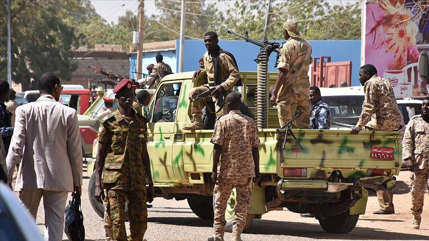 Geleceğin kıtası Afrika'da askeri darbelerin sonu gelmiyor