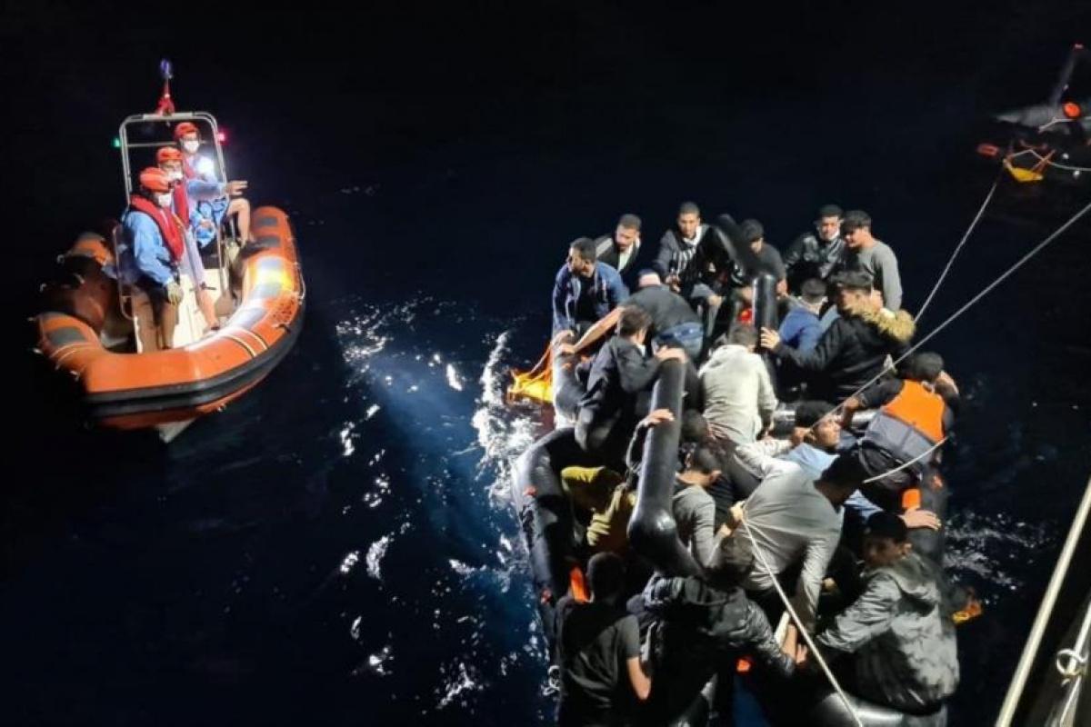Aydın'da 84 düzensiz göçmen kurtarıldı