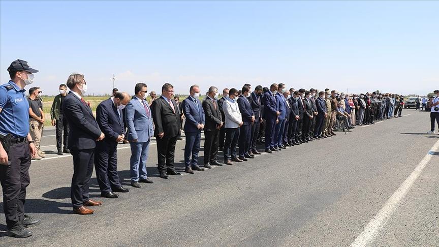 Iğdır'da 6 yıl önce PKK'nın saldırısında şehit olan 13 polis anıldı