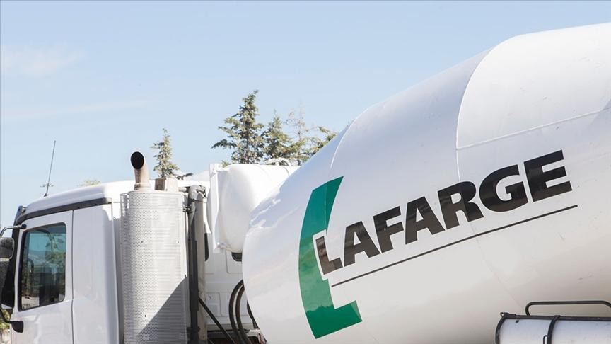 Terörü finanse ettiği suçlaması teyit edilen Lafarge, İsviçre'deki rakibiyle birleşti ve isim değişikliğine gitti