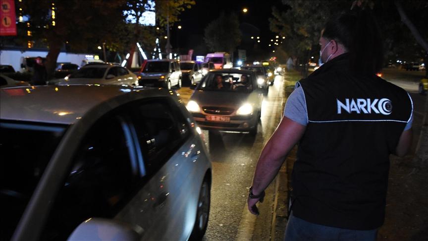 Bursa'da 300 polisin katılımıyla drone destekli asayiş uygulaması yapıldı