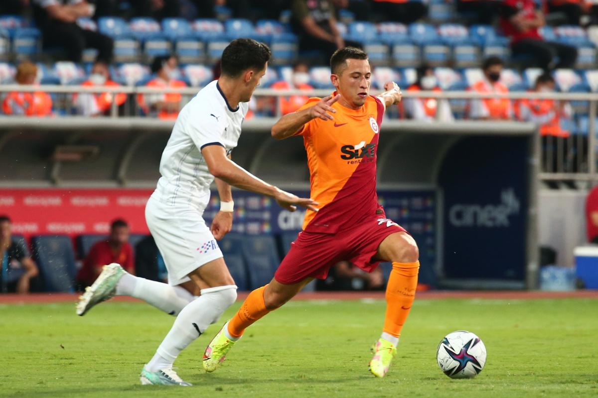 Galatasaray 11 futbolcu transfer etti