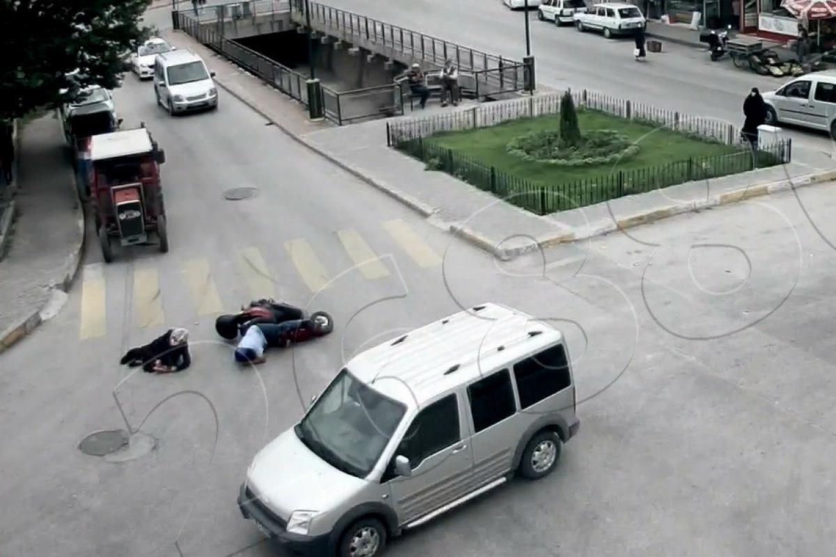 Tokat'ta yürekleri ağza getiren kazalar güvenlik kameralarına yansıdı