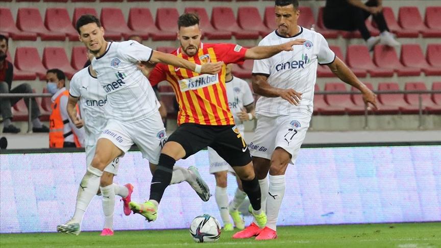 Kayserispor sahasında Kasımpaşa'yı mağlup etti