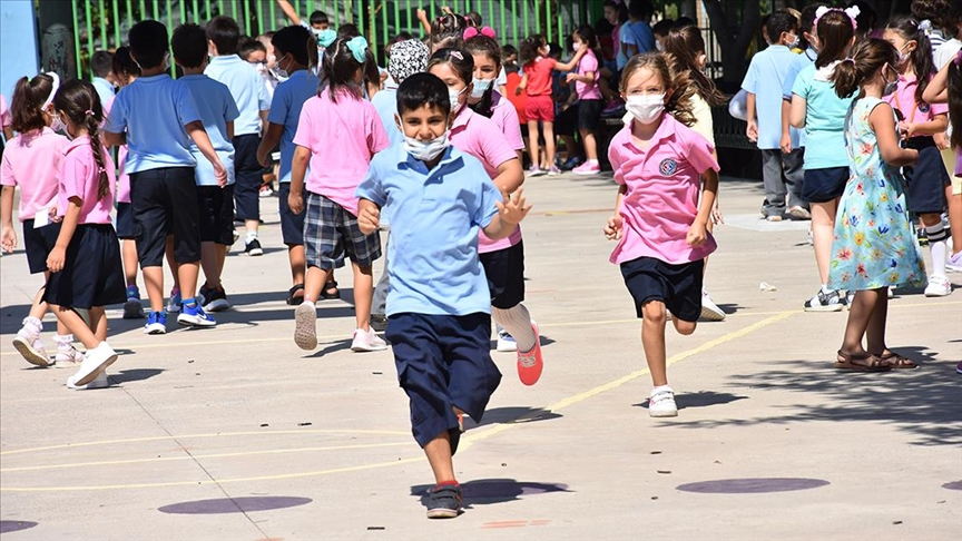 Milli Eğitim Bakanı Özer: En son kapatılacak yerlerin okullar olduğu irademiz aynen devam etmektedir