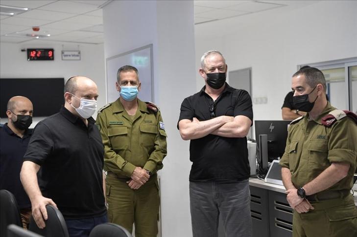 """İsrail Savunma Bakanı Gantz'dan, İran'ın """"milislere"""" gelişmiş İHA eğitimi verdiği iddiası"""