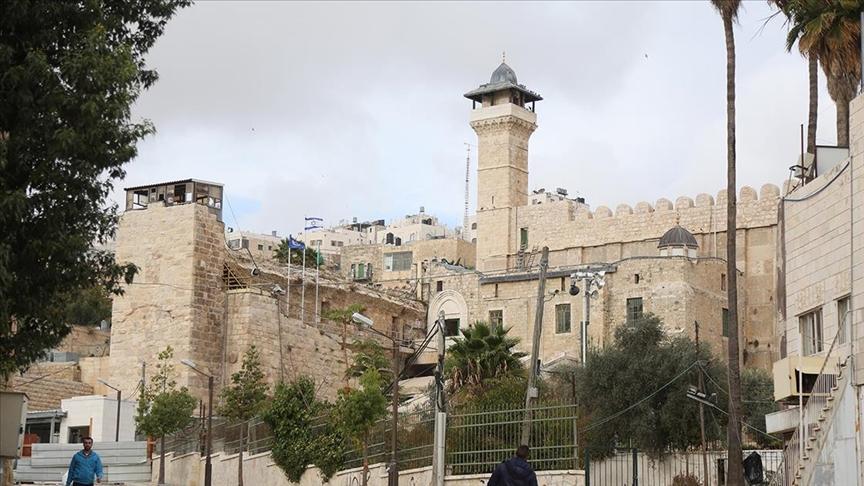 İsrail, Harem-i İbrahim Camisi'ni Müslümanlara kapattı