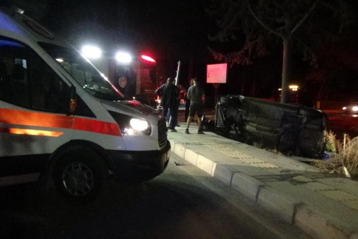 İzmir'de düğün dönüşü feci kaza: 4 yaralı