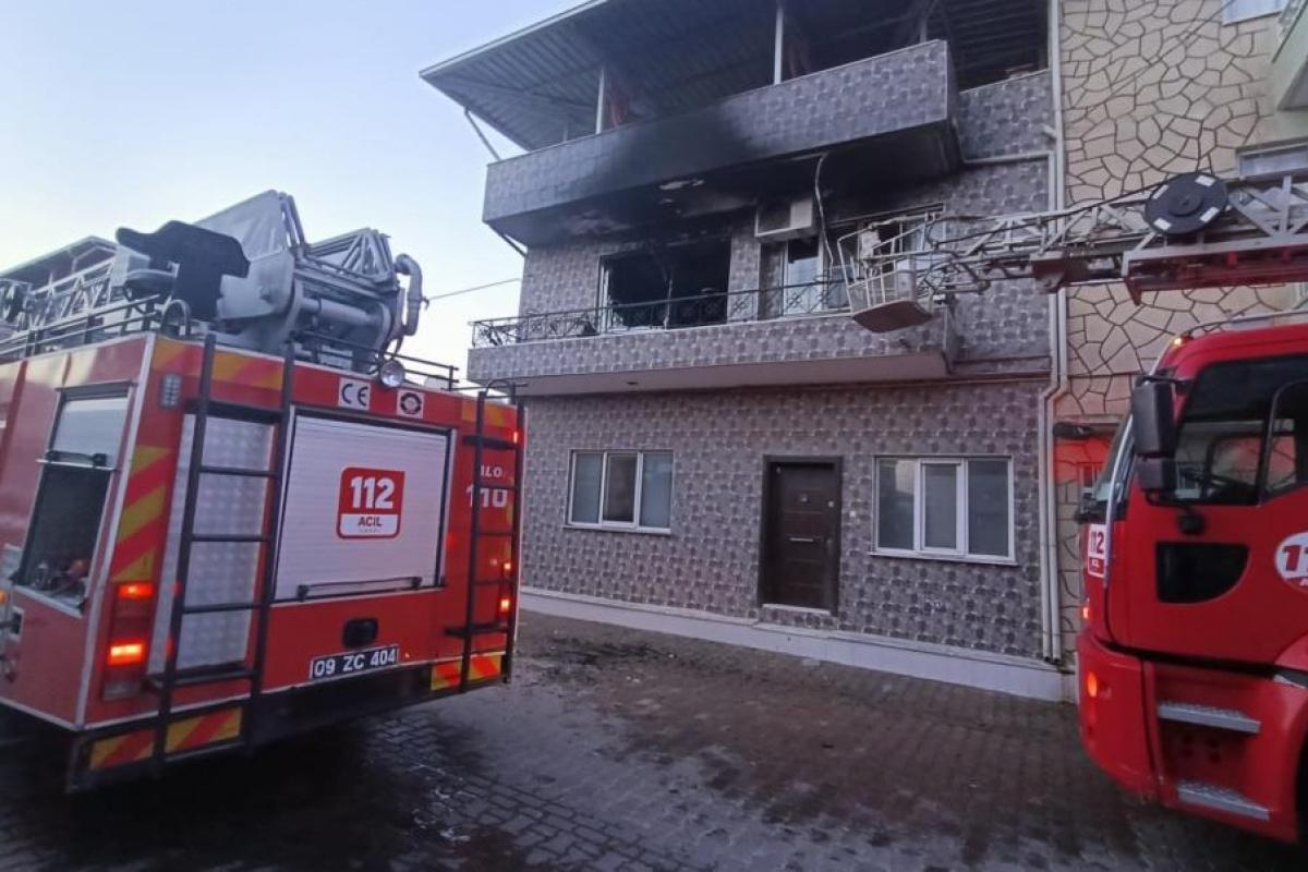 Evin mutfağında çıkan yangında dumandan etkilenen bir kişi hastaneye kaldırıldı