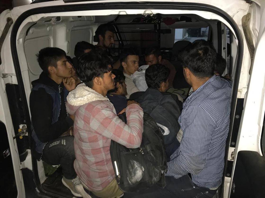 Van'da polis ekipleri, bir haftada 299 düzensiz göçmen yakaladı