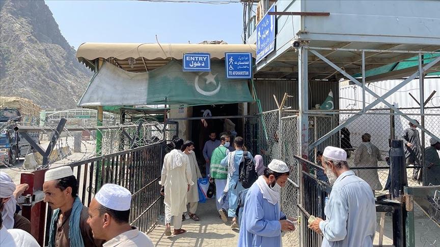 Taliban, Pakistan-Afganistan arasındaki Torkham sınırından yaya geçişlerini durdurdu