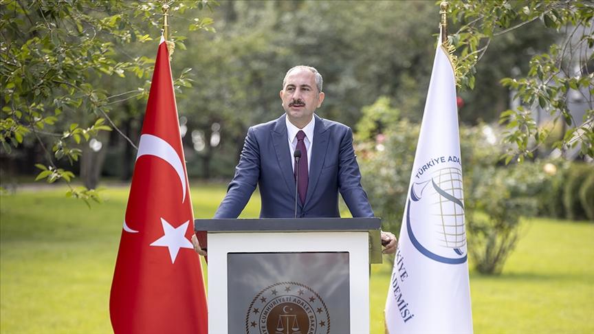 Adalet Bakanı Gül: Adaletin asıl tecelligahı temiz vicdan ve akıldır