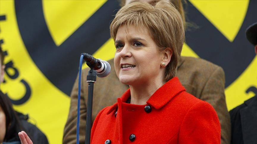 İskoçya Bölgesel Hükümeti Başbakanı Sturgeon, bağımsızlık referandumuna gitmeyi planladıklarını söyledi