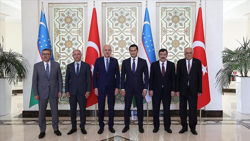 AK Parti Genel Başkanvekili Kurtulmuş, Özbekistan Başbakan Yardımcısı Umurzakov ile görüştü