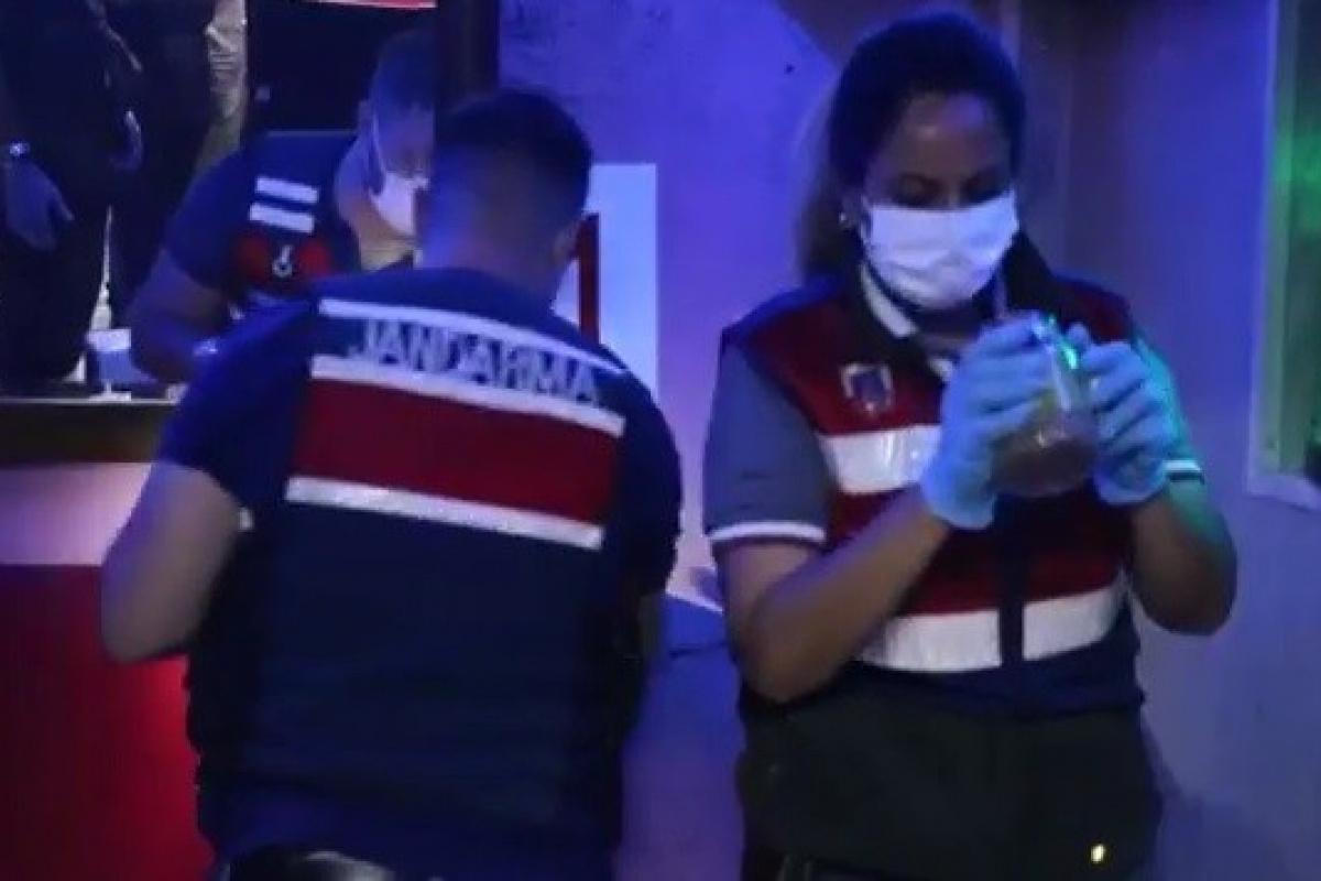 İzmir'de uyuşturucu şebekesine baskın: 12 gözaltı