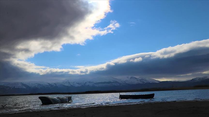 Göller Yöresi, İç Anadolu ile Karadeniz Bölgesi'nin bazı kesimlerinde yarın kuvvetli yağış bekleniyor