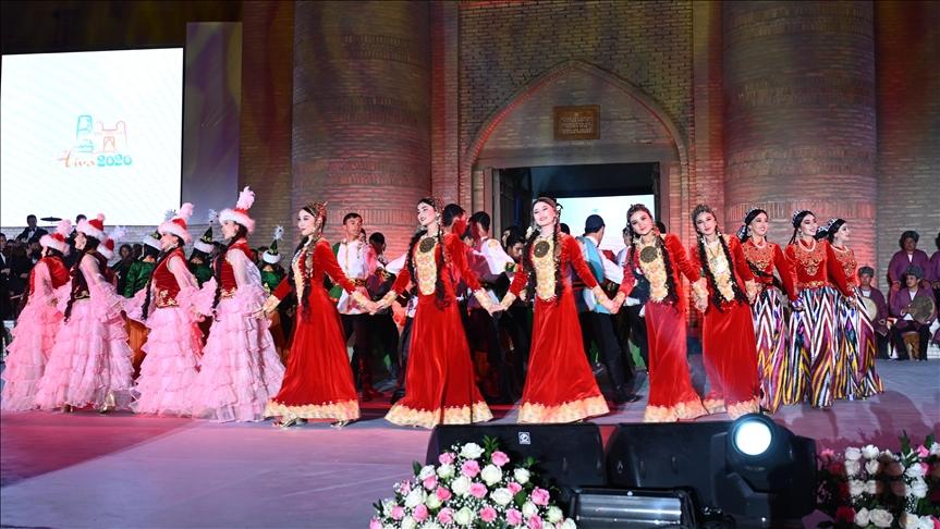 Özbekistan'ın tarihi Hive şehrinde 'Türk Dünyası Kültür Başkenti' etkinliği