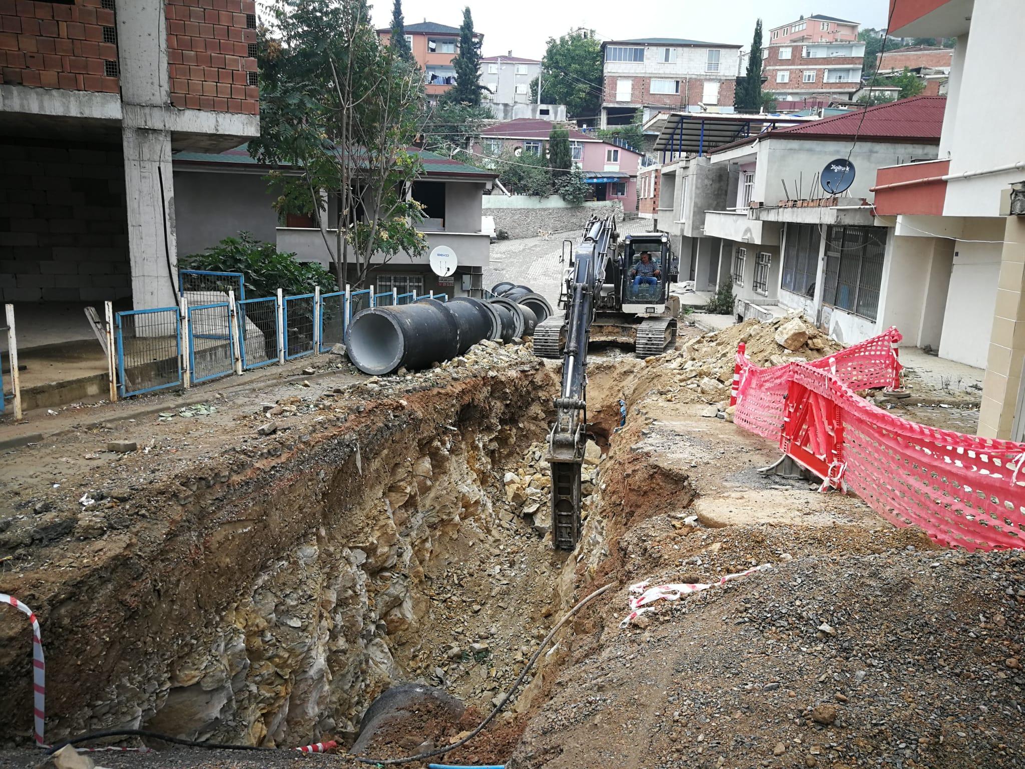 DİLOVASI'NA HAYAT KATACAK PROJE:  ALTYAPI ÇALIŞMALARI PROGRAM ÇERÇEVESİNDE SÜRÜYOR