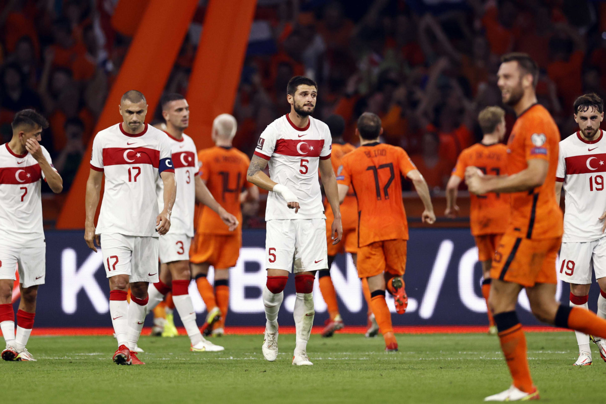 Türkiye, FIFA sıralamasında 2 basamak geriledi