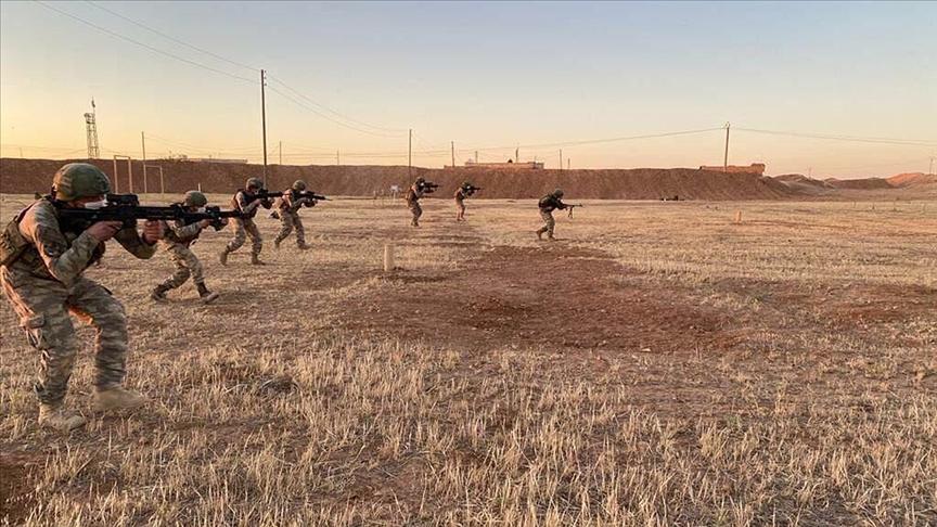 Suriye'nin kuzeyinde eylem hazırlığındaki 8 PKK/YPG'li terörist etkisiz hale getirildi