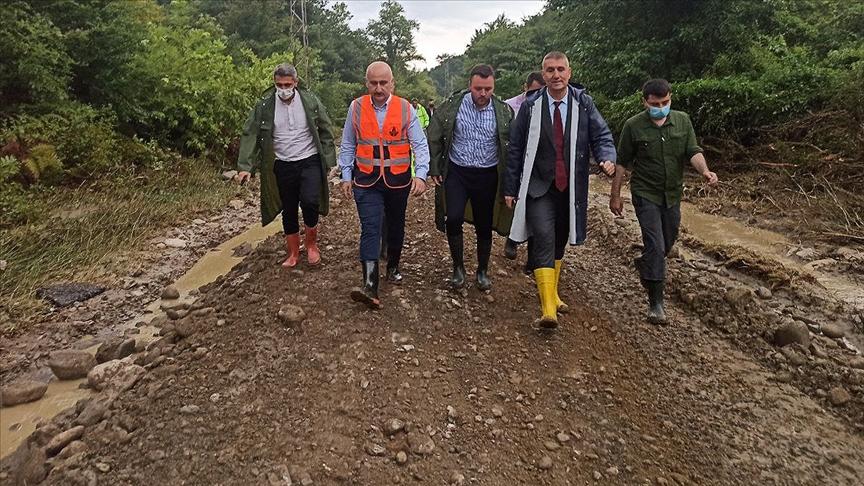 Ulaştırma ve Altyapı Bakanı Karaismailoğlu: Sel felaketinde toplamda 155,5 kilometrelik hasar oluştu