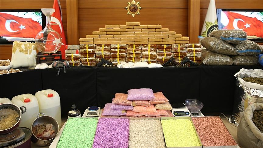 Türkiye genelinde yılbaşından bugüne kadar 13 ton eroin ele geçirildi