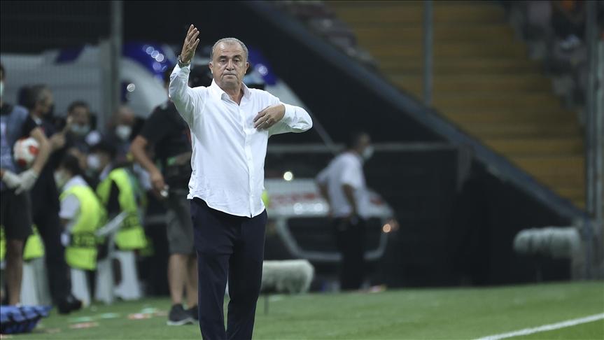 Galatasaray Teknik Direktörü Terim: Lazio'nun oyun kurmasını önledik ve rakibi hataya zorladık