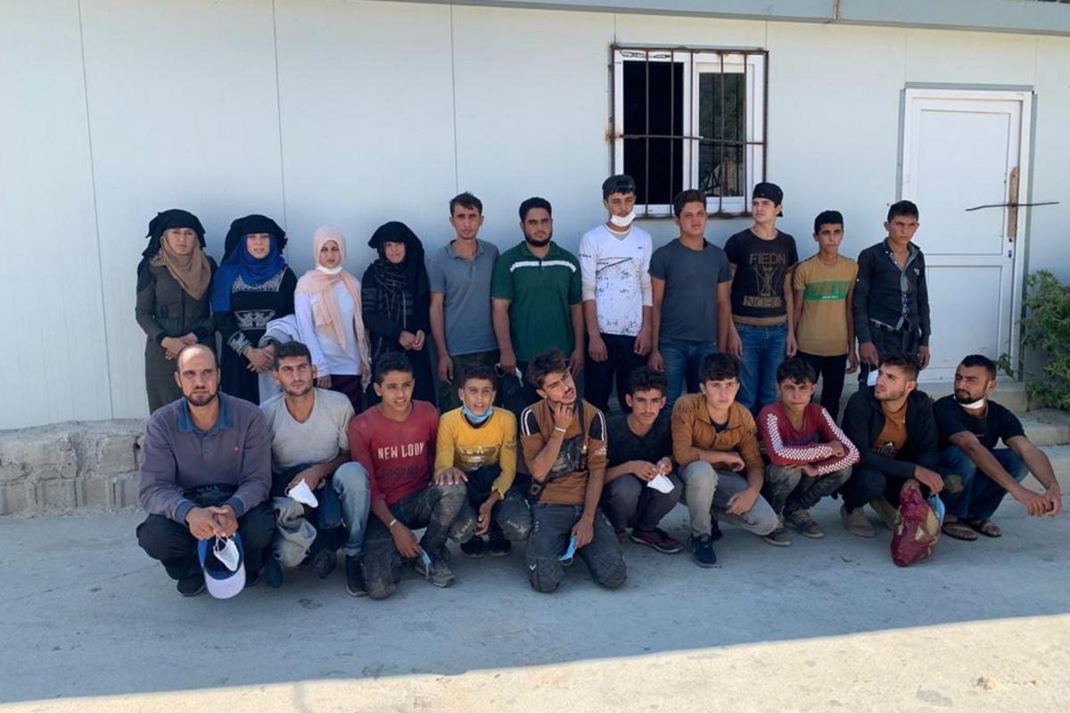 Hatay'da 21 kaçak göçmen yakalandı