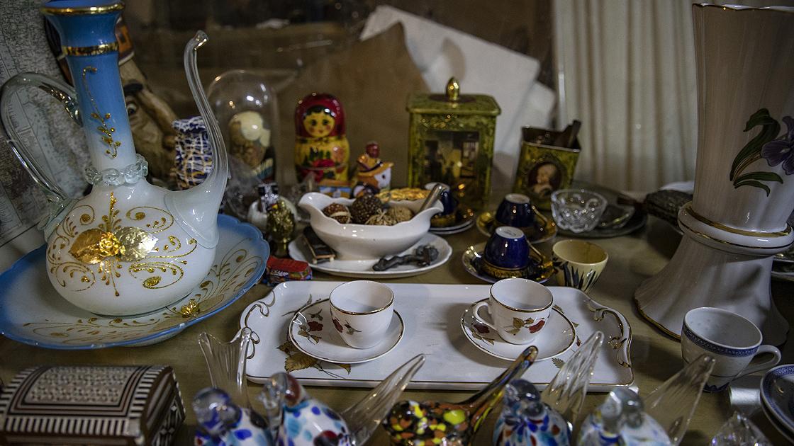 Üsküdar ve Balat'ın akşam mezatları İstanbul'a güzellik katıyor