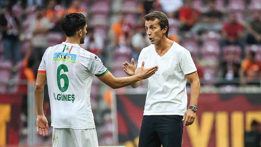 Aytemiz Alanyaspor Teknik Direktörü Korkmaz: Galatasaray karşısında haklı bir galibiyet aldık