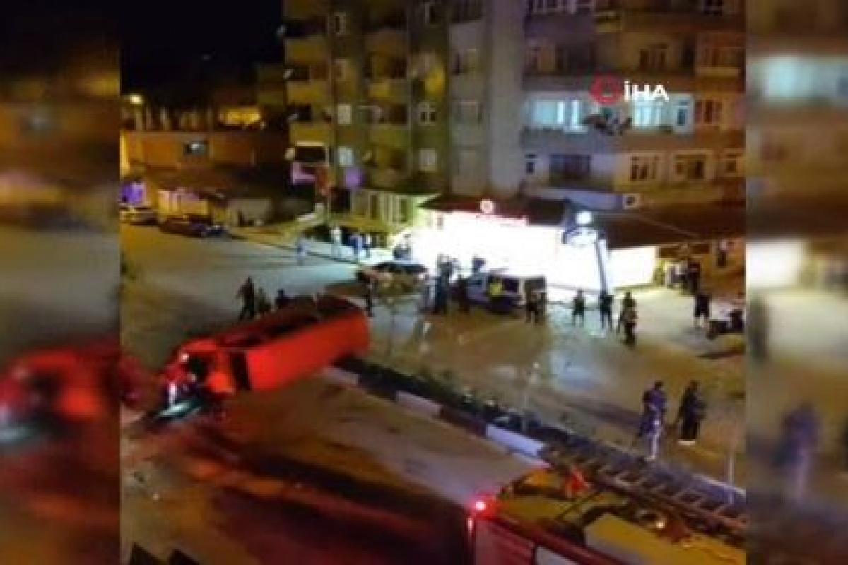 Hatay'da minibüs ile otomobil çarpıştı: 7 yaralı