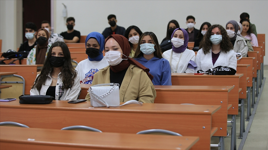 Kırklareli Üniversitesi'nde yeni akademik yılı dersleri başladı