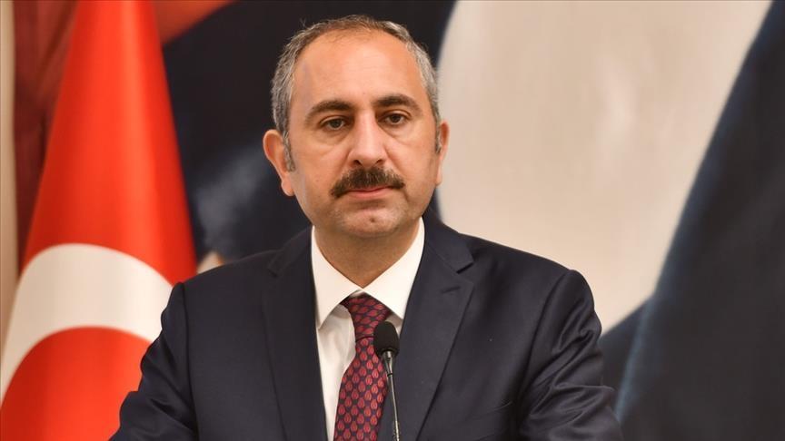 Adalet Bakanı Gül: Yargıyı yargıya bırakacak hukuk kültürünü hep beraber oluşturmalıyız